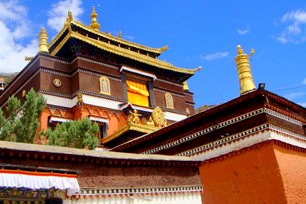 10 Days Lhasa, Everest Base Camp and Namtso Lake Tour